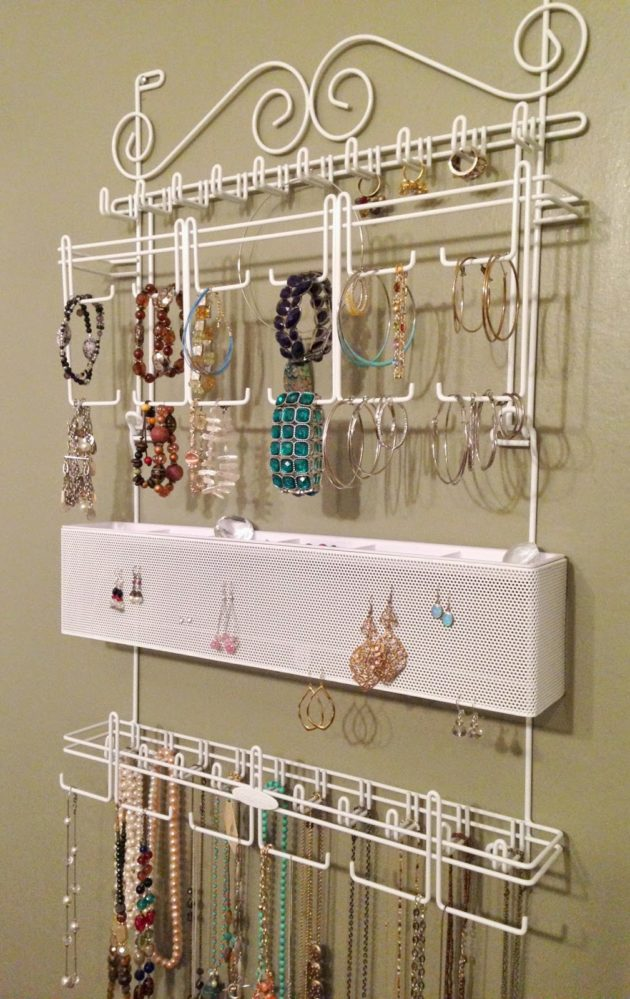Attirant Display Your Jewelry Like Art With A Jewelry Organizer By Longstem  {Giveaway Winner Announced}